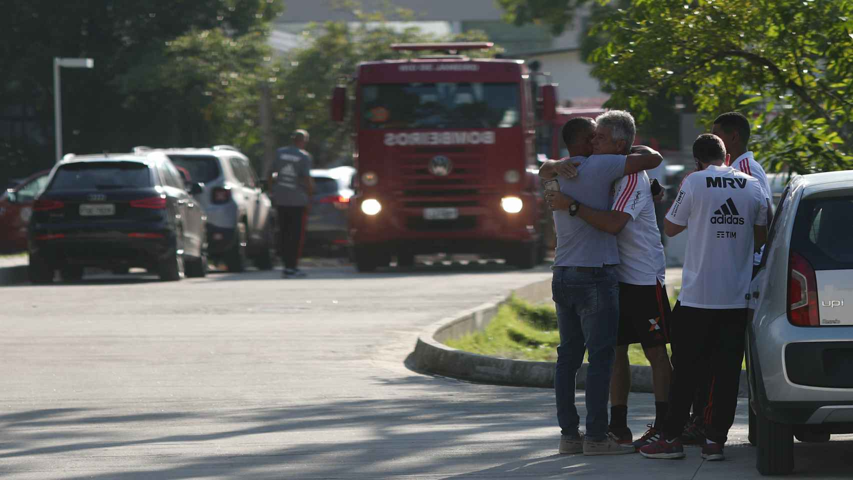 El fuego le ha costado la vida a 10 personas, entre ellos seis canteranos