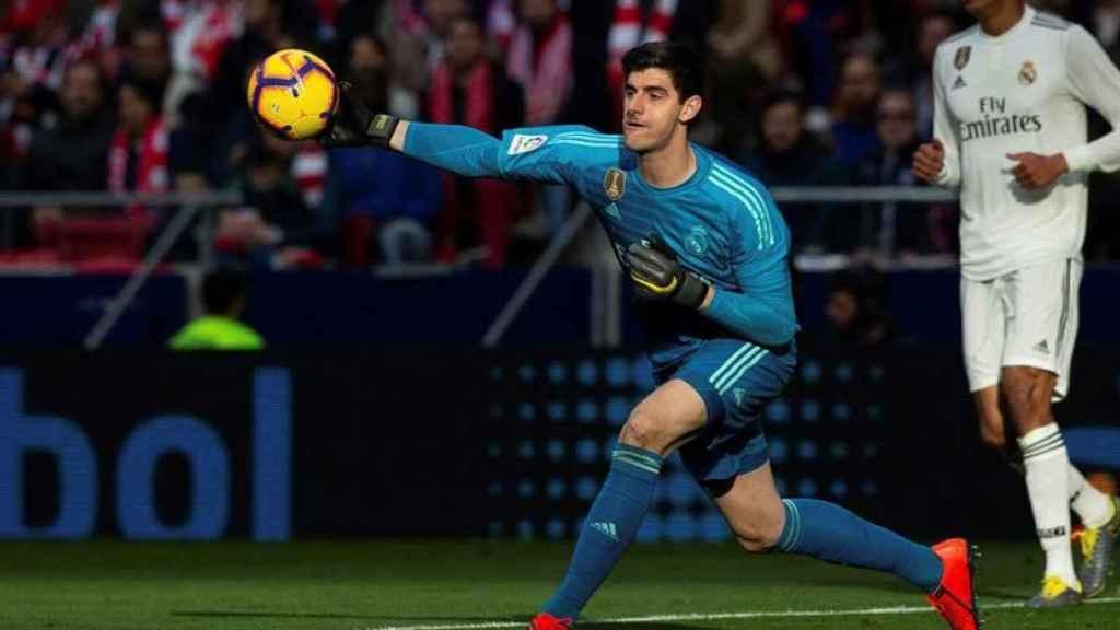 Courtois, en un partido de Liga con el Real Madrid