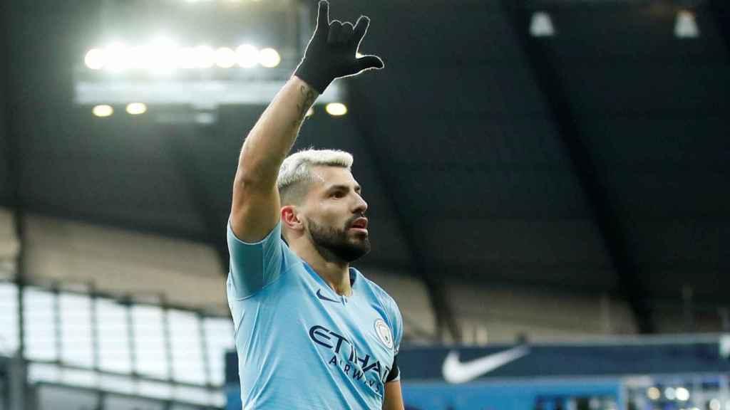 Agüero celebra un gol ante el Chelsea