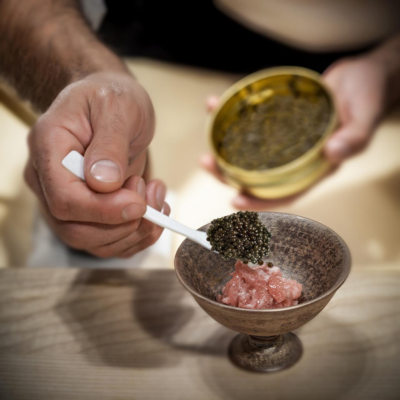 99 SUSHI Ko - tartar y caviar - nines minguez