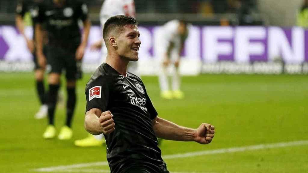 Jovic celebra un gol con el Eintracht Frankfurt