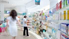 El interior de una farmacia.