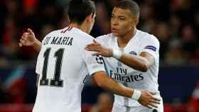 Mbappé y Di María celebran un gol del PSG