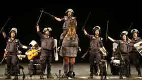 'Los jarabe de palo' durante su actuación en el Falla