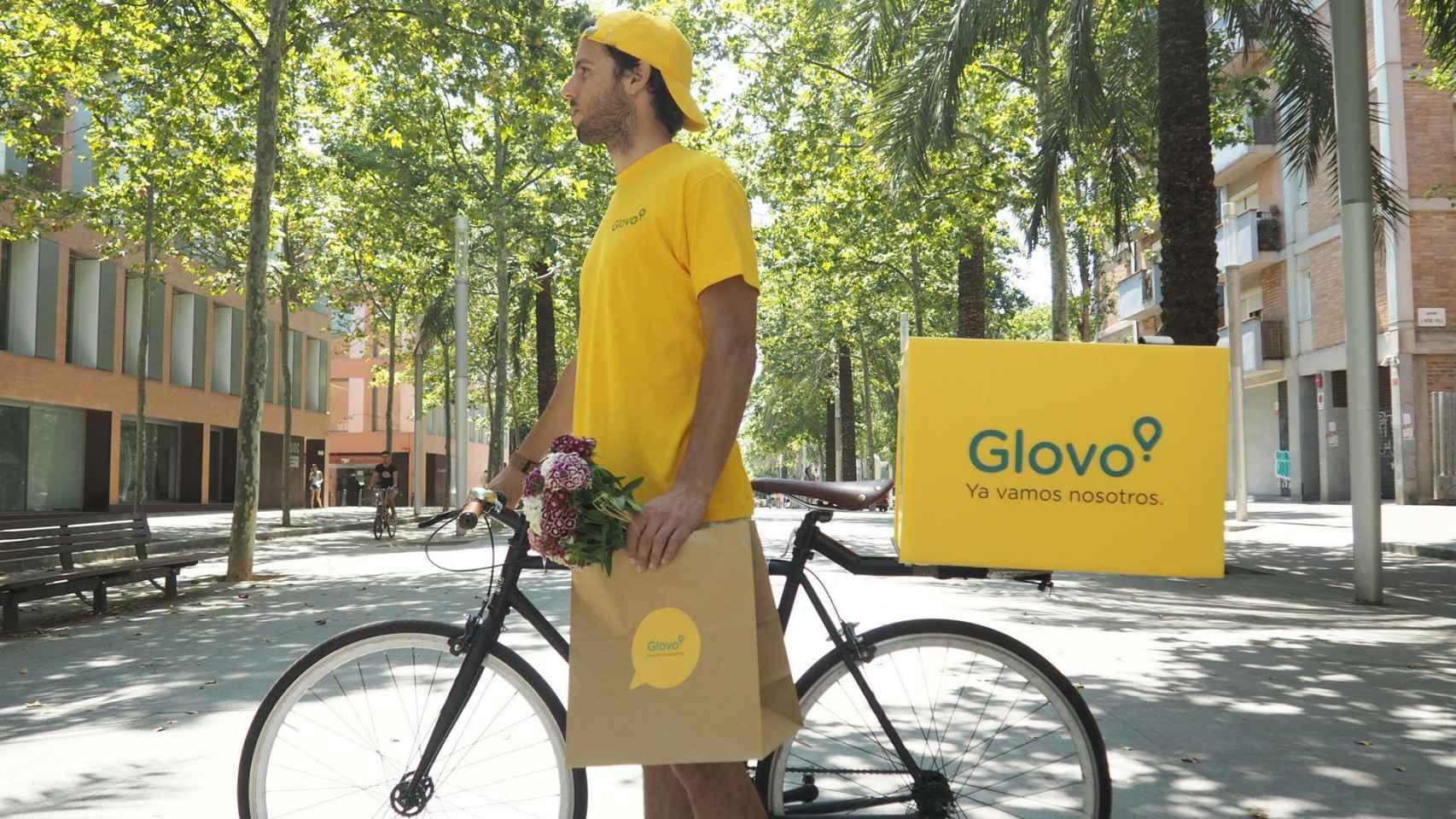 Un 'rider' de Glovo en una foto de archivo.