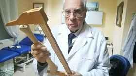 Luis Frontela (Melilla, 1941) en su despacho de Sevilla, este pasado jueves.