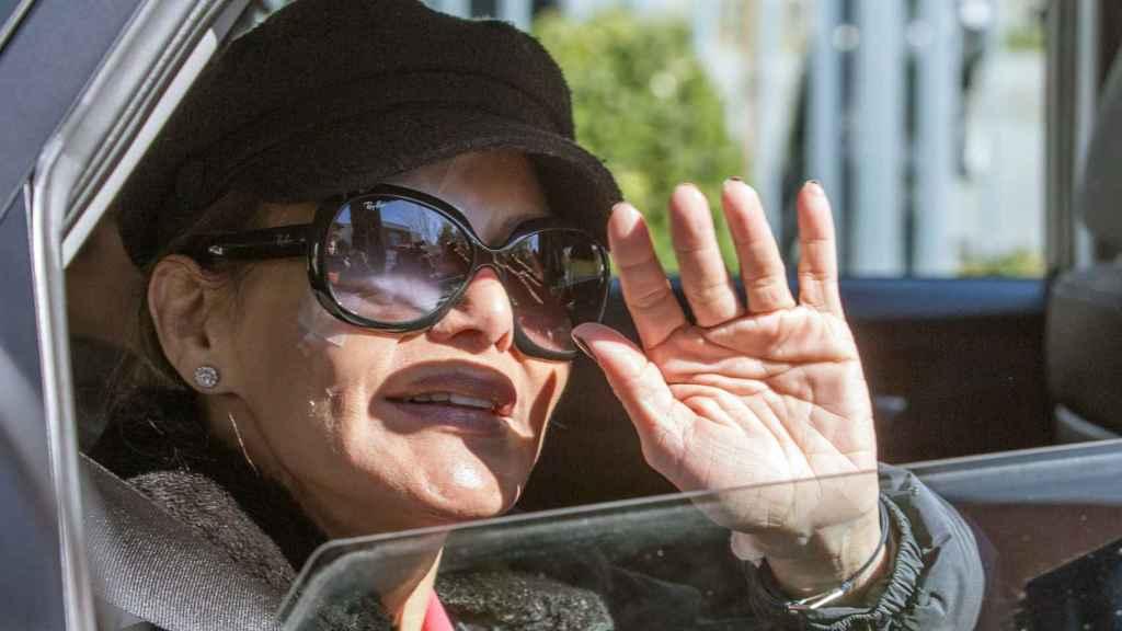 Ivonne Reyes a su salida del Hospital Ruber Internacional de Madrid, donde le han operado de un tumor ocular.