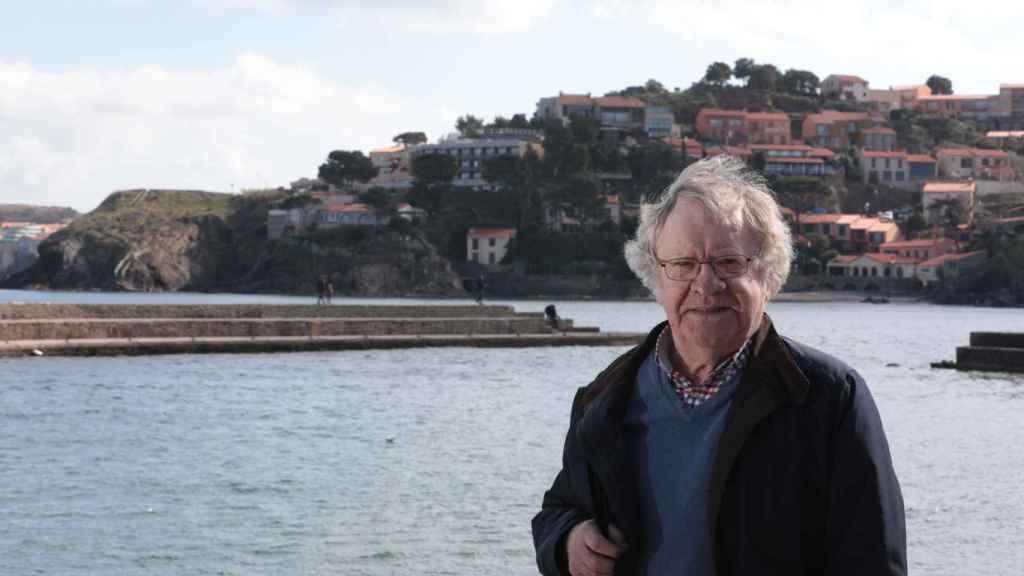Ian Gibson en Collioure, Francia, donde falleció Antonio Machado.