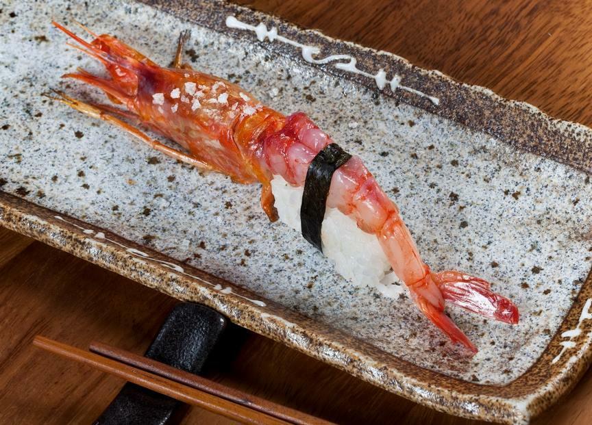 99 Sushi Bar - nigiri gamba roja