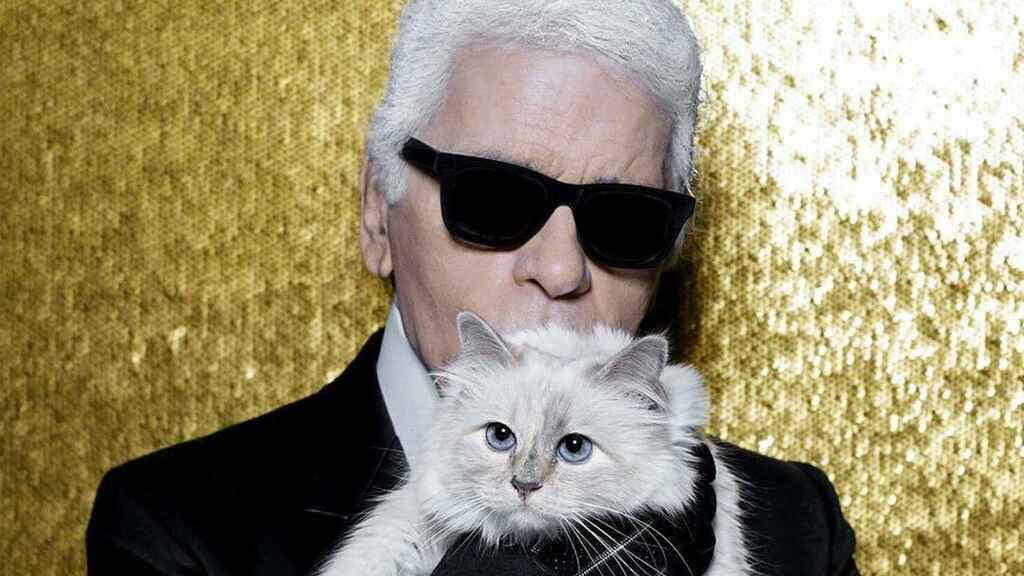 Karl Lagerfeld y su gato, Choupette.