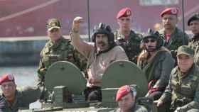 Nicolás Maduro junto a varios de los altos mandos de las fuerzas armadas de Venezuela.