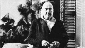 Antonio Machado en Villa Amparo en 1938.