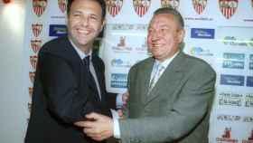 Roberto Alés junto a Joaquín Caparrós