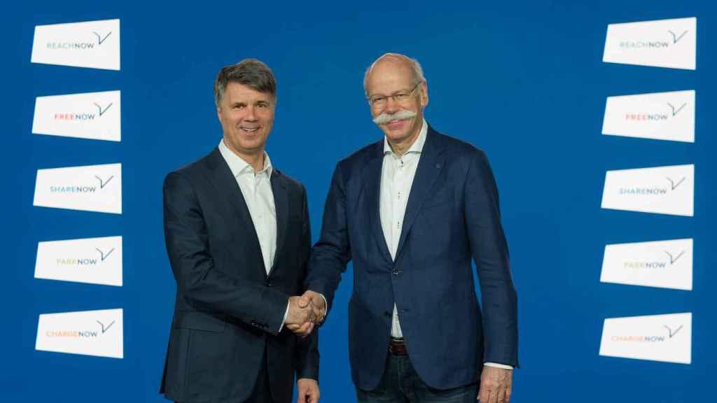Harald Krüger, presidente del consejo de administración de BMW y Dieter Zetsche, presidente de la Junta de Administración de Daimler.