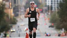Lance Armstrong corriendo la Maratón de Austin
