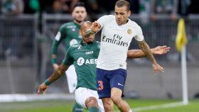 Dani Alves, durante un partido del PSG