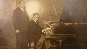 Eusebius, con su amigo el organista Miguel Echeveste.