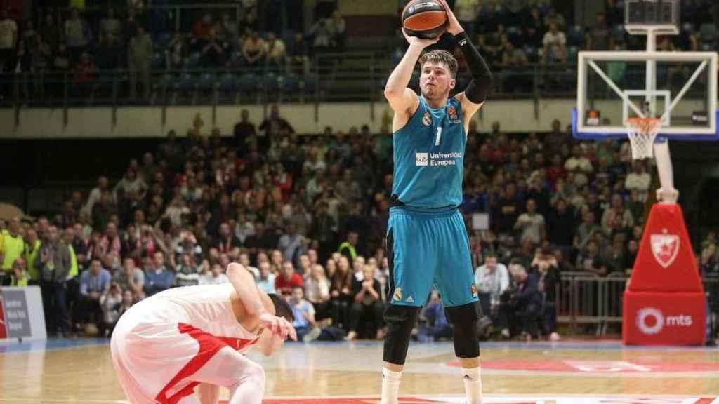 El triple decisivo de Luka Doncic en Belgrado