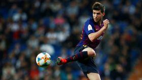 Sergi Roberto controla el balón