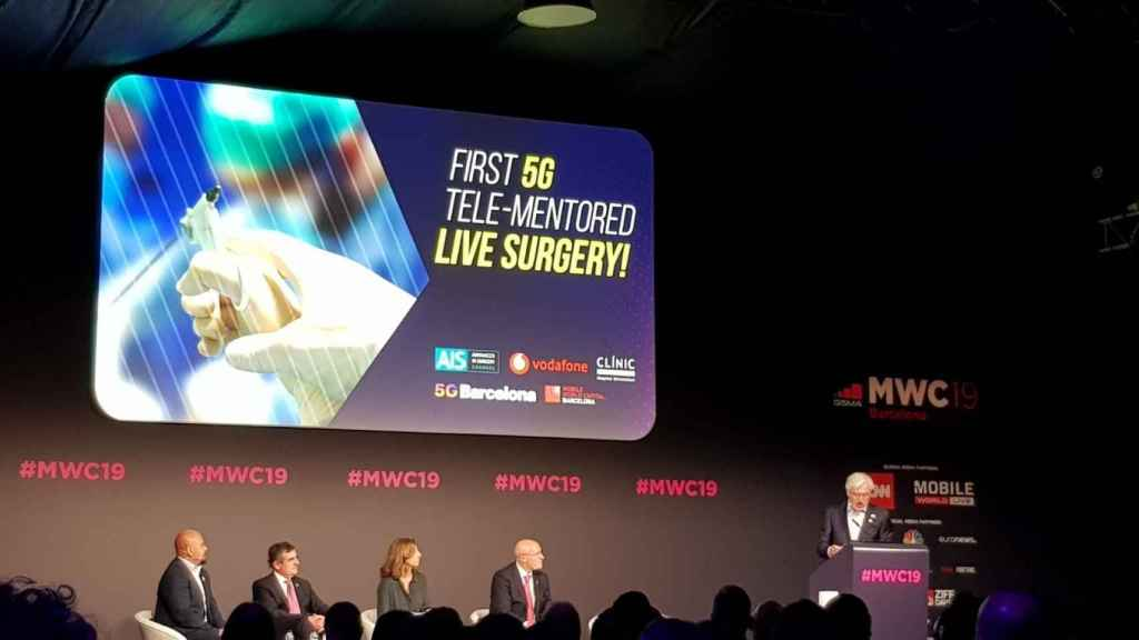 El Mobile acoge la primera cirugía monitorizada en tiempo real con 5G