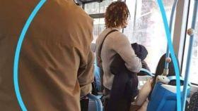 Foto compartida en redes del hombre buscado por eyacular sobre una joven en un autobús de Alicante