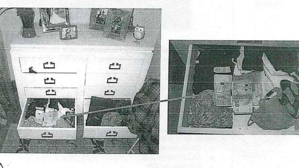 En casa de Pedro los agentes incautaron 16 billetes de 100 euros, 204 de 50, 47 de 20 y un billete de 10.