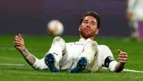 Sergio Ramos, en el césped del Santiago Bernabéu
