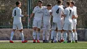 Piña del Castilla para celebrar un gol