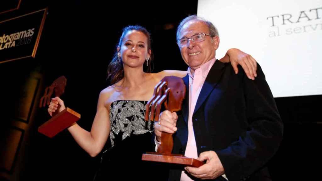 Los premiados Irene Escolar y Emilio Gutiérrez Caba.
