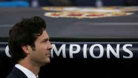 Santiago Solari, en el banquillo del Real Madrid