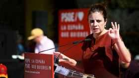 Adriana Lastra durante un mitin electoral en Alicante