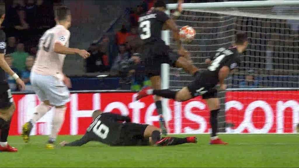 Penalti señalado al United
