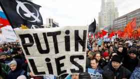 Protestas contra el control estatal sobre internet en Moscú.