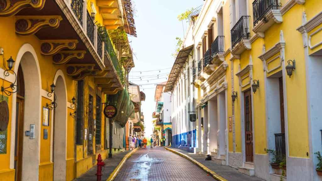 Calle del casco viejo de la Ciudad de Panamá.