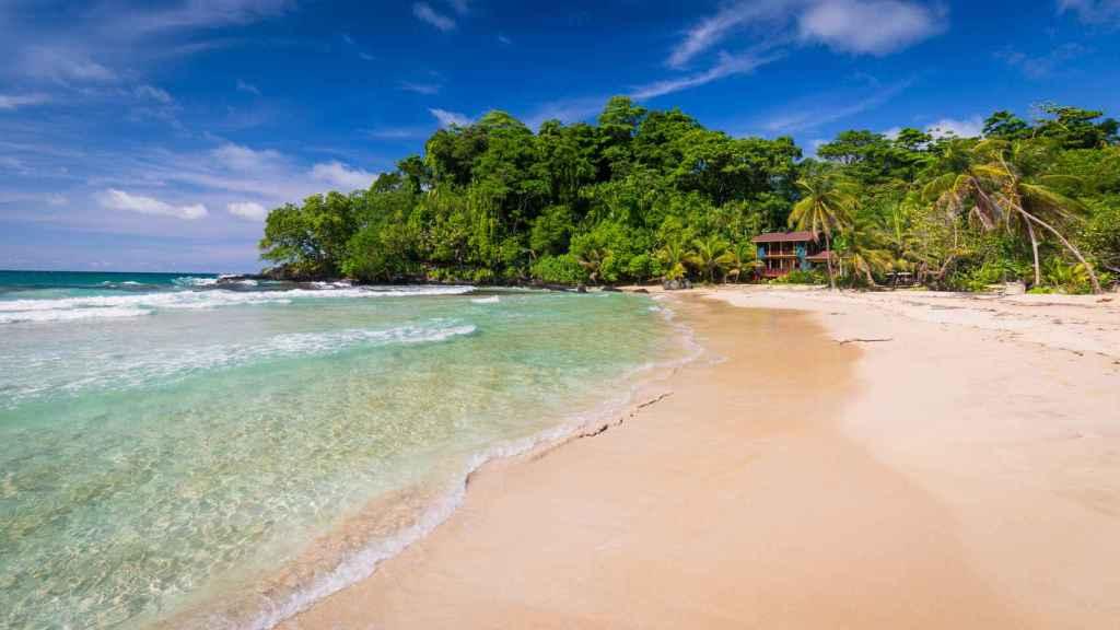Las playas son un excelente motivo para visitar Panamá.