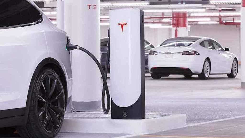 Punto de Carga Tesla