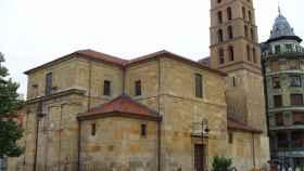 Iglesia de San Marcelo, donde descansan los restos de San Ramiro, en León