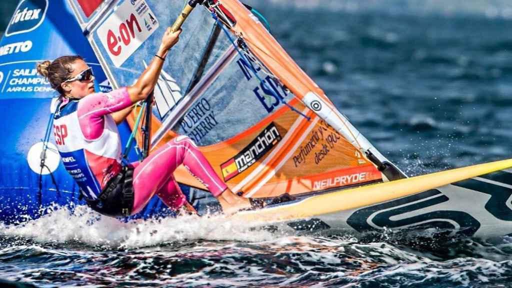 Blanca Manchón, durante una competición