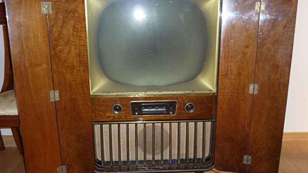 Uno de los primeros modelos de televisor vendidos en España