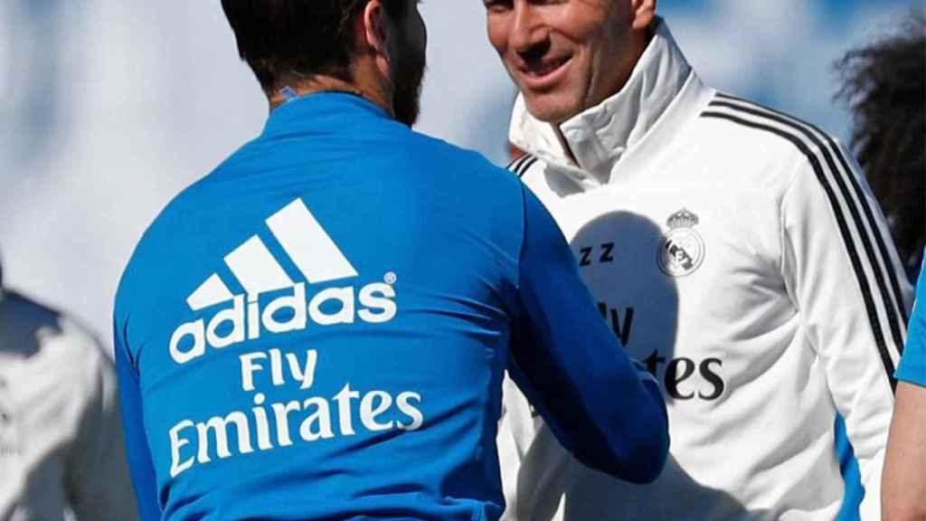 Sergio Ramos y Zidane en el entrenamiento del Real Madrid