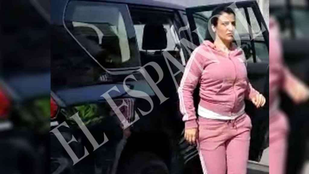 La pareja de Antonio Tejón tras ser detenida por el GRECO de la Policía Nacional.
