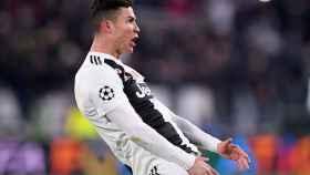 Cristiano Ronaldo celebra con un polémico gesto ante la afición del Atlético de Madrid