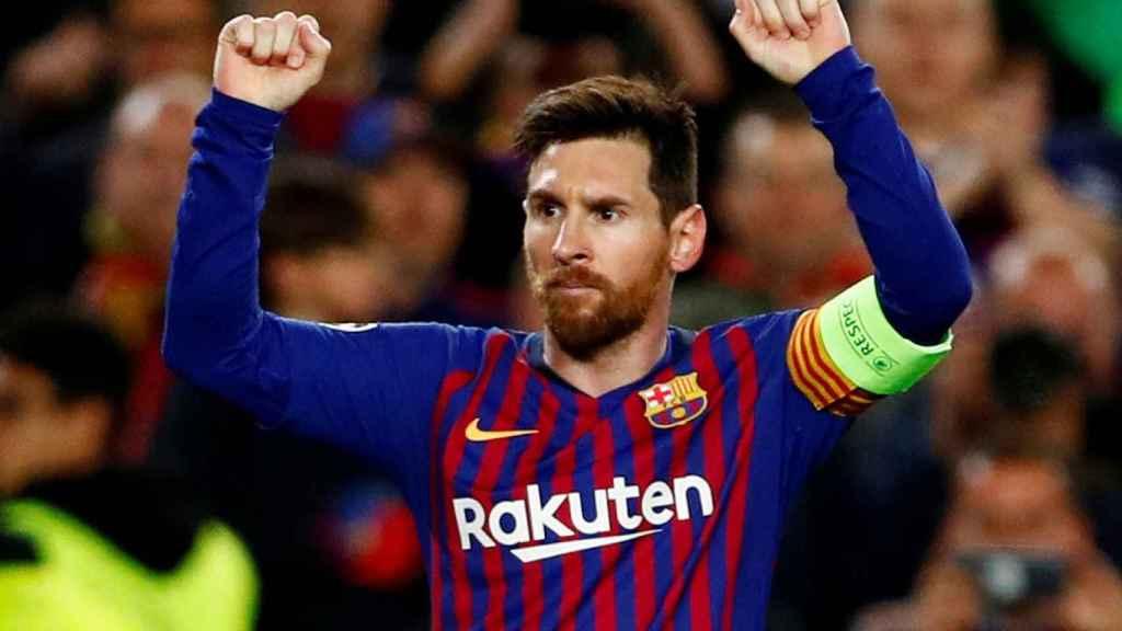 Lionel Messi celebra un gol con el Barcelona en la Champions League