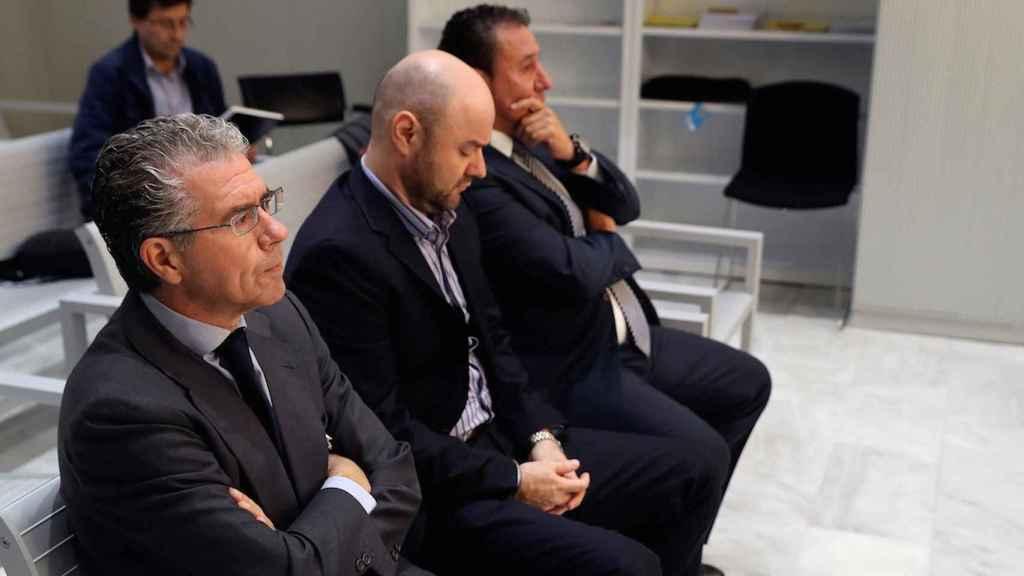 El exconsejero Francisco Granados, Rodríguez Talamino y José Luis Caro Vinagre.