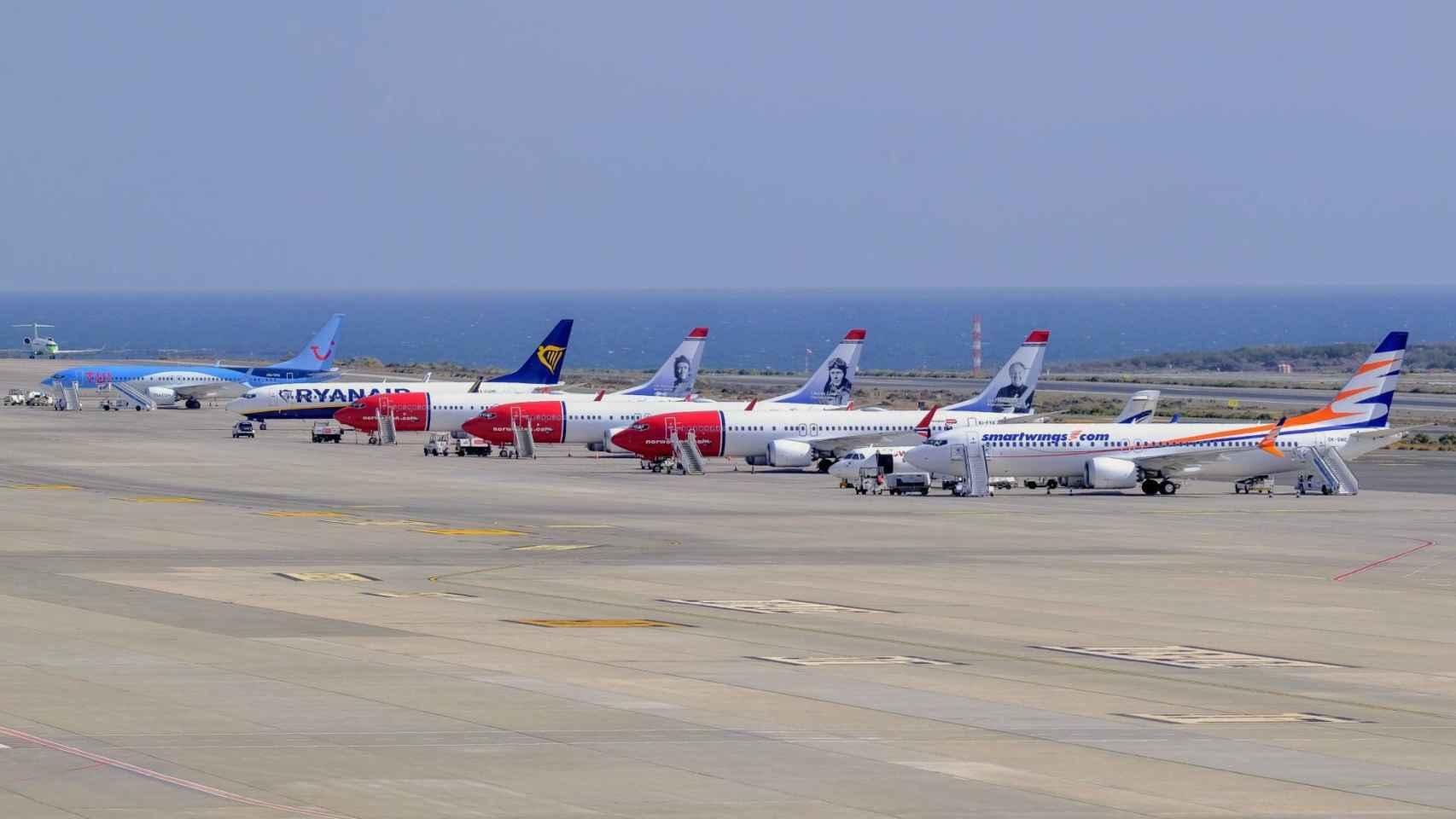 Aviones Boeing 737 Max estacionados en el aeropuerto de Gran Canaria.
