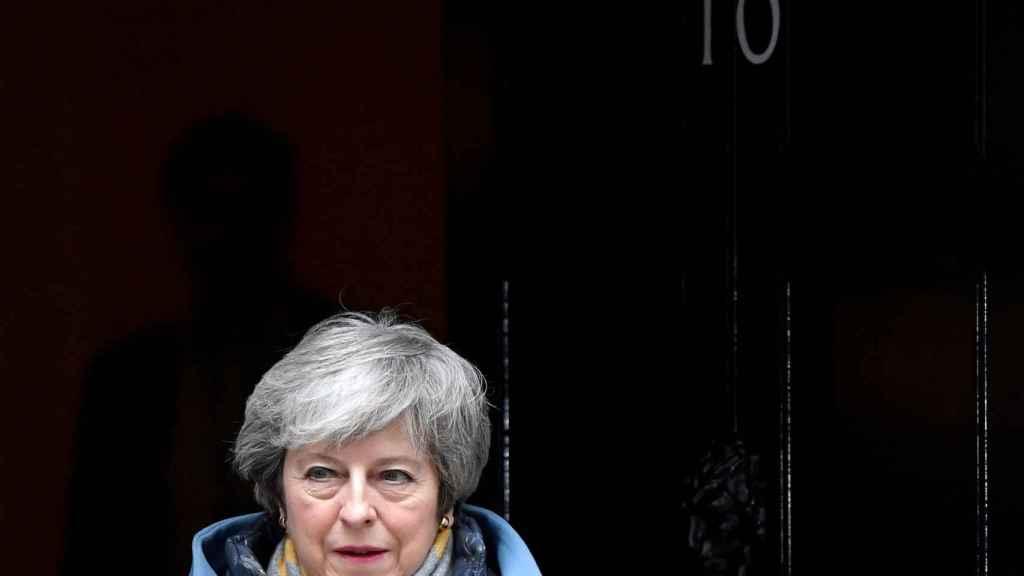 La primera ministra Theresa May, en la puerta del 10 de Downing Street