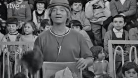El payaso Fofó interpretando la canción 'Los días de la semana'.