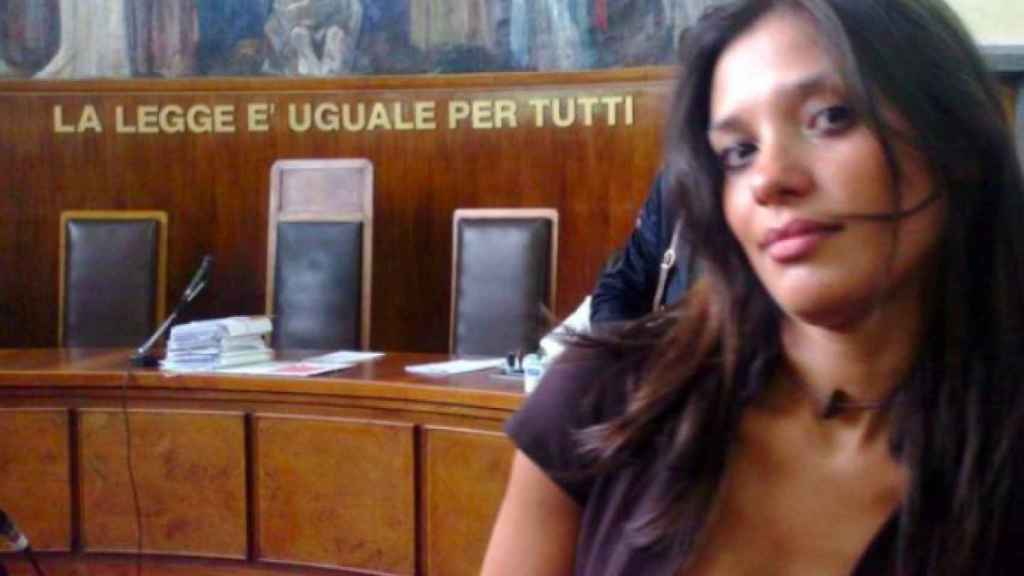 La modelo Imane Fadil, testigo contra Silvio Berlusconi, en un juzgado.