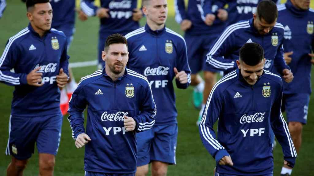 Messi vuelve a la selección argentina y se entrena en Valdebebas