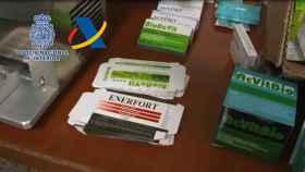 Complementos adulterados que vendían de manera ilegal. Foto: Policía Nacional y Agencia Tributaria